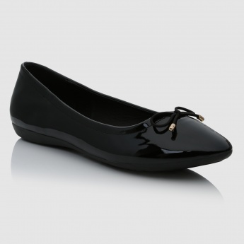 Iconic Bow Applique Ballerina Shoes
