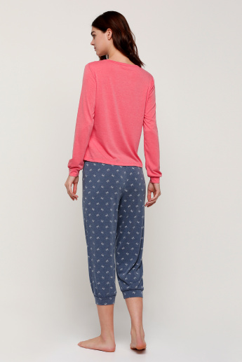 Printed Long Sleeves T-Shirt and Capris Set